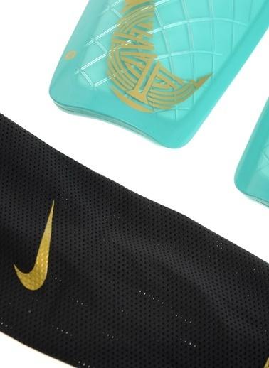 Tekmelik-Nike